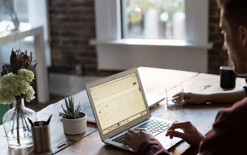 laptop lagging